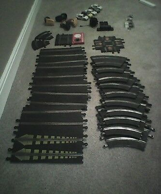 Scalextric Classic set (24 Pieces SCX Track, 5 Cars, 4 Controllers) WOW!