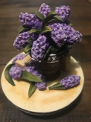 Yankee Candle Topper: Lilac Blooms - Will Fit Large Yankee & Village Candles