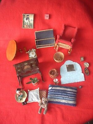 doll's house mixed items