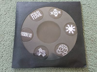 RADIOHEAD - King Of Limbs(UK 2011 SEALED PROMOTIONAL BADGES / MINT!!!)