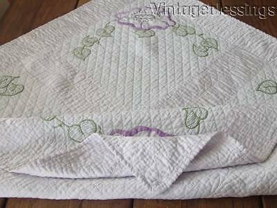 "Authentic WELL QUILTED Embroidered Vintage Crib Baby QUILT 41"" x 40"""