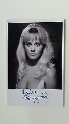 """HAMMER HORROR - Actress Yutte Stensgaard Reproduced Autograph 6""""X4"""" Glossy Pic"""