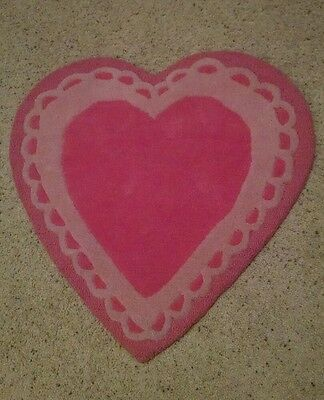 *New* Pottery Barn Kids Heart 2.5' round rug pink nursery girl wool *RARE* baby