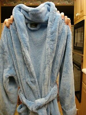 Women's Plush Robe; Light Blue by Bloomingdales; Brand New!!!