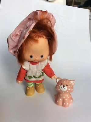 Vintage 1980s Strawberry Shortcake Doll &Custard the Cat