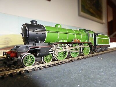 "collectables, model railways, 00 gauge. HornbyLNER Class B17 ""Manchester United"""