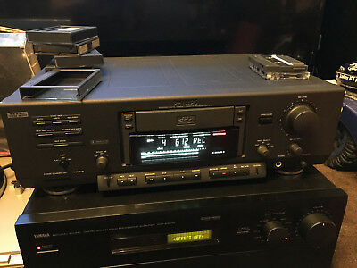 Philips DCC900 Digital Compact Cassette Recorder Partly Faulty