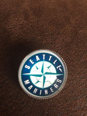 SEATTLE MARINERS Baseball MLB Glass Fronted Raised Unique Pin Badge Team Logo ⚾️