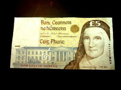 IRELAND £5.00 PUNT NOTE Catherine McAuley Dated 14-09-98 BIDS FROM ONLY 99p