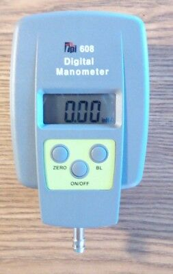 Digital manometer with carrying case TPI brand # 608