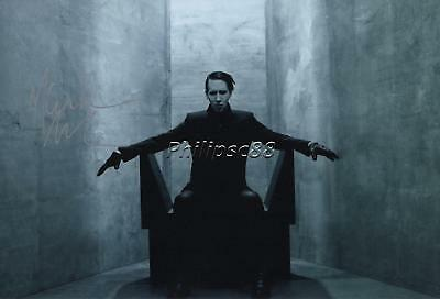 Marilyn Manson Genuine Autographed 12x8inch photograph