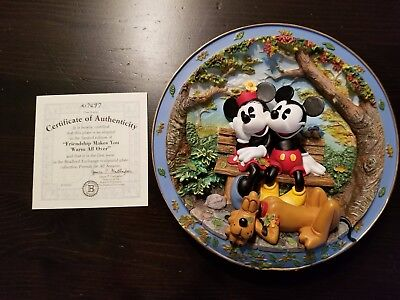 """Disney Plate - 1998 - """"Friendship Makes You Warm All Over"""" - Mint - C of Auth."""