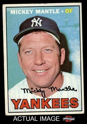 1967 Topps #150 Mickey Mantle Yankees VG