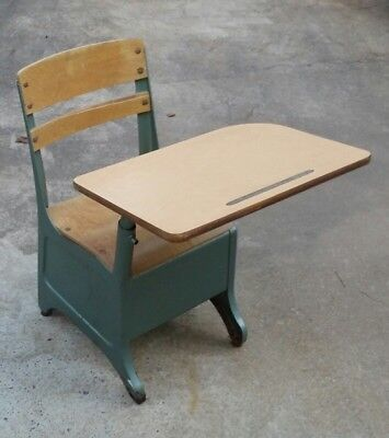 American Desk Manufacturing Company Texas USA School Metal Wood Top One Piece