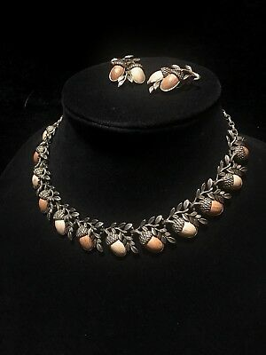 Vintage Coro Acorn Thermoset Faux Wood Knotts Berry Farm Nut Necklace & Earring