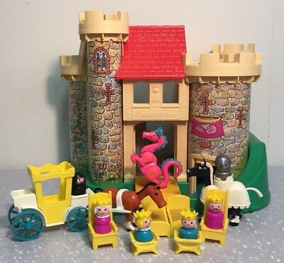 Vintage Fisher Price Little People Play Family Castle W Accessories
