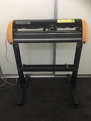 Expert 24 Vinyl Cutting Plotter