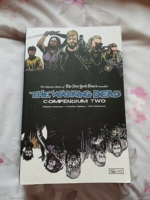 The Walking Dead Comic Compendium Two (2Nd Hand)