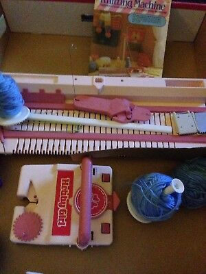 Tomy  Hobby Girl Knitting Machine