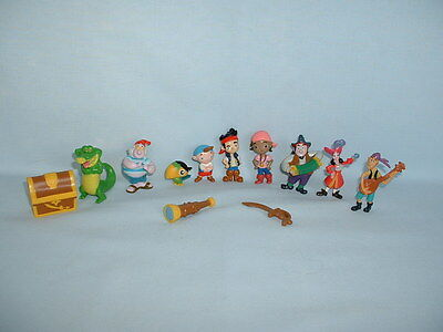 JAKE AND THE NEVERLAND PIRATES 12 Figure Toys (DISNEY/CAKE TOPPERS/PETER PAN)