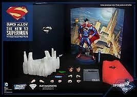DC COMICS SUPERMAN THE NEW 52: Super Alloy Superman Exclusive 1/6 Die Cast 30 cm