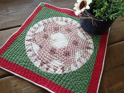 Tiny Points! Antique 19th c Red & Green Star Table or Doll QUILT 17x16