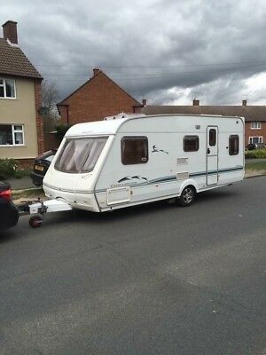 Swift Challenger 550SE Fixed Bed
