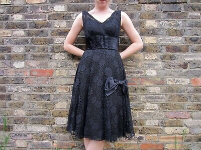 Vintage 1950s Black Lace Prom Dress with Bow Detail Size Small