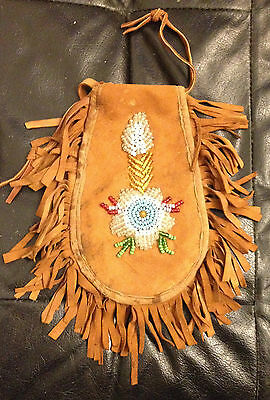 Antique Iroquois Beaded Pouch  beautiful wild flower on both sides, large 5 x 8""