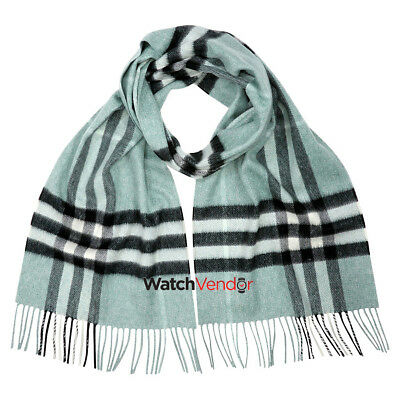 Burberry Classic Cashmere Scarf in Check - Dusty Mint