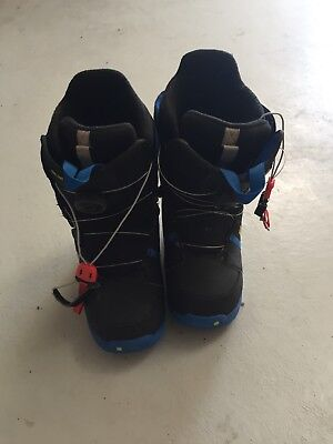 mens size seven us snowboard boots burton black yellow and blue