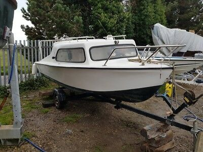 16ft cabin boat and trailer (NO ENGINE)