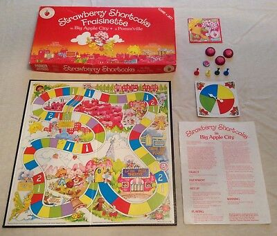 Vintage Strawberry Shortcake In Big Apple City Board Game (1981) COMPLETE