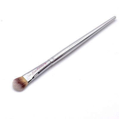 It Cosmetics Live Beauty Fully All-Over Shadow Brush #216