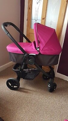 """Graco Evo travel system """"NOW REDUCED"""""""