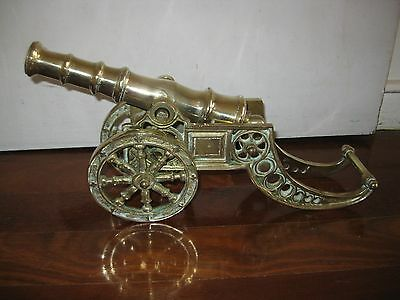 Large vintage British solid Brass Cannon very heavy