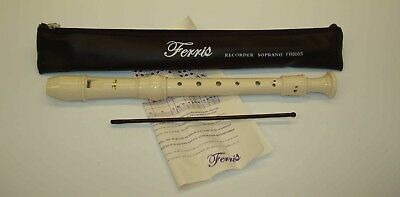 Ferris FR300S School Descant Recorder in Cream With Leatherette Case
