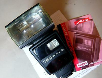 Metz Mecablitz 54 MZ 3  electronic flash for Leica. Made in Germany NEW !