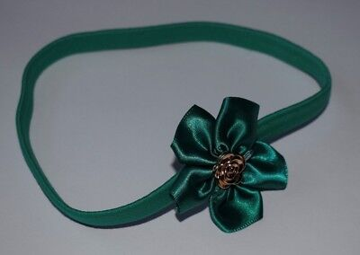 UK SELLER Baby Girl Headband Green Gold Satin Flower Christmas Hairband Elastic