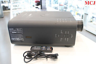 Sanyo PLC-XP200L Video Projector