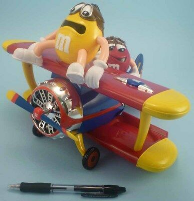 AIRCRAFT BIPLANE candy dispenser M&M's airlines duty free only mint 2013 gadget