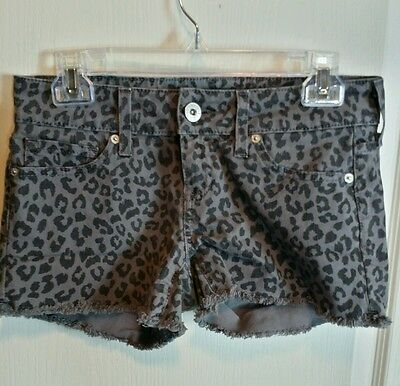 Womens Size 28 Guess Animal Print Cut Off Jean Shorts Gray Black Leopard