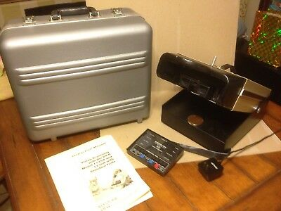 Portable Keystone View VS-II Model- 1135-A Lab Bench Top Vision Screener WORKS!