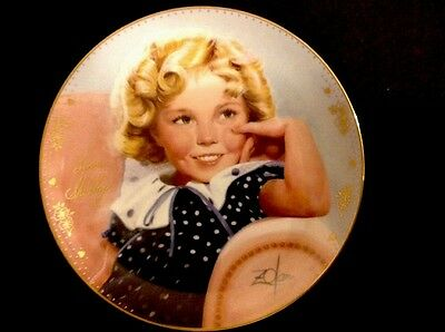 """Shirley Temple """"AMBASSADOR OF SMILES"""" Signed Plate with Certificate Of Auth."""