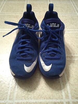 another chance 197fd e4485 Boys Nike Zoom Lebron Witness Basketball shoes size 3.5 Youth Blue   White