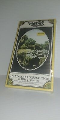 Woodland Scenics TK28 Hardwood Forest Kit NOS 24 Trees