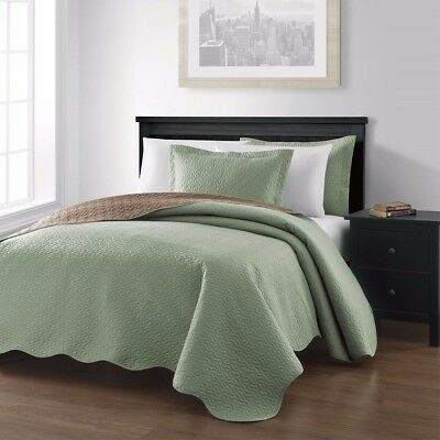 3 Piece Sage Taupe Pinsonic Quilted Reversible Bedspread Set Queen Size