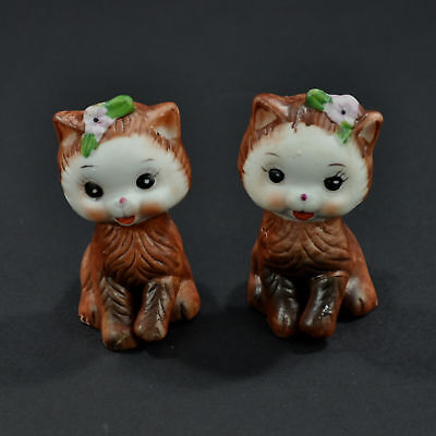 Cat Salt and Pepper Shakers Kittens Handpainted Porcelain Made in Korea Vintage