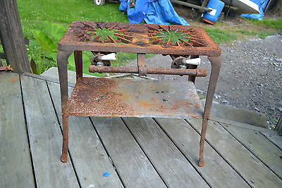 Vtg Antique PEERLESS cast iron two burner gas Camping stove No. 102