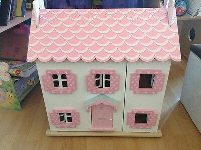 Le Toy Van Sophie's Doll House with Dolls and Furniture